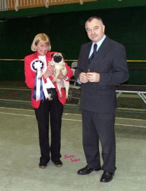 Tarragem Anita Package Winning Best Puppy in Show